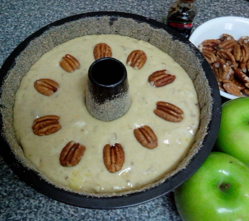 Apple Pecan Banana Cake in tin