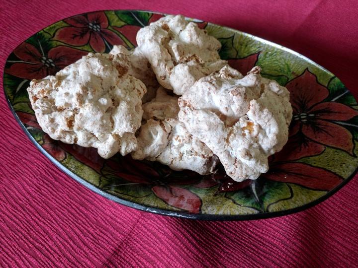 IMG_20171206_115518-Coconut, cornflake and meringue cookies