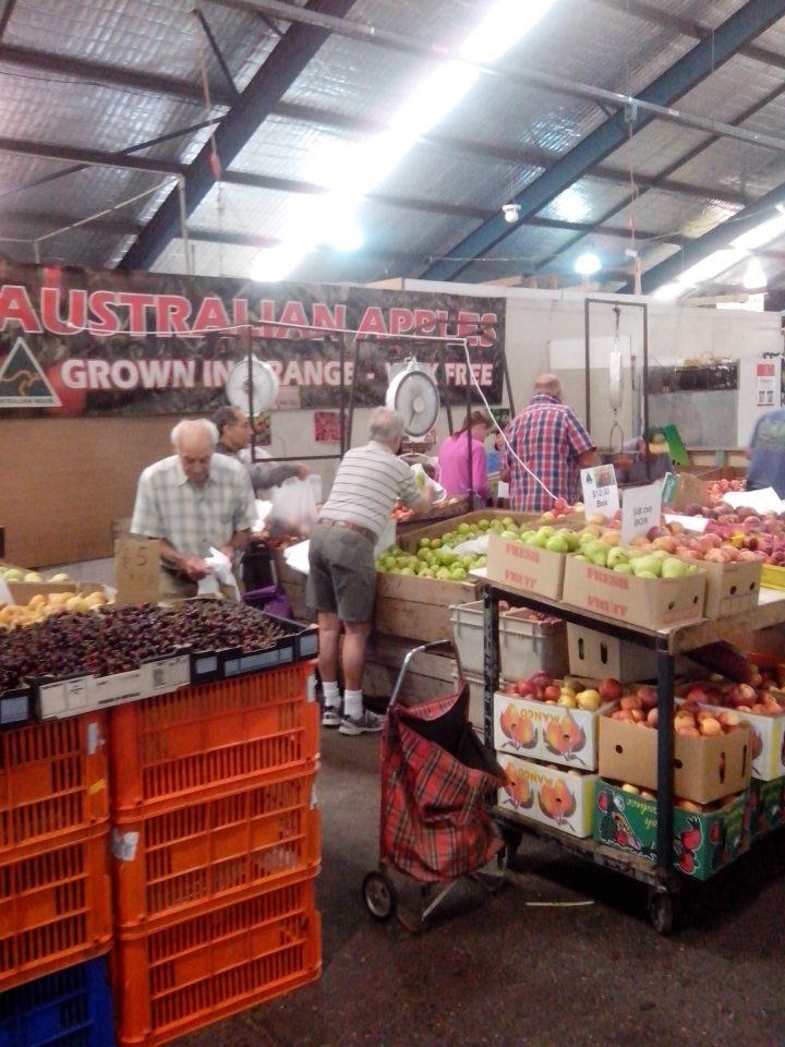 IMG_20151205_074213 (1)-Rod's fruit stall