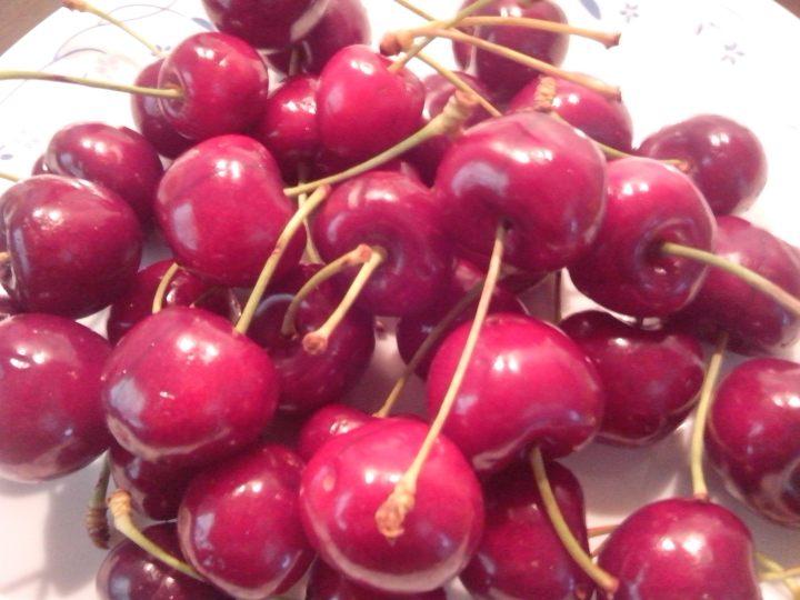 IMG_20151220_110415-lighter cherries