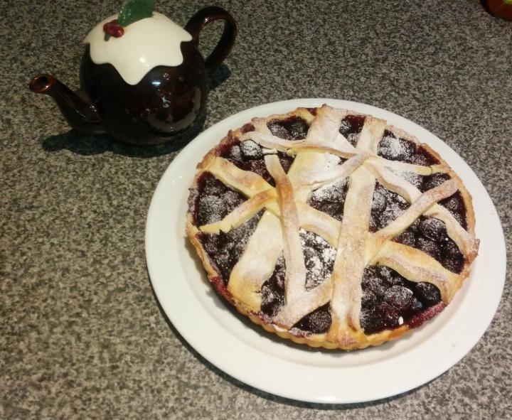 IMG_20160101_165646-Cherry tart 2
