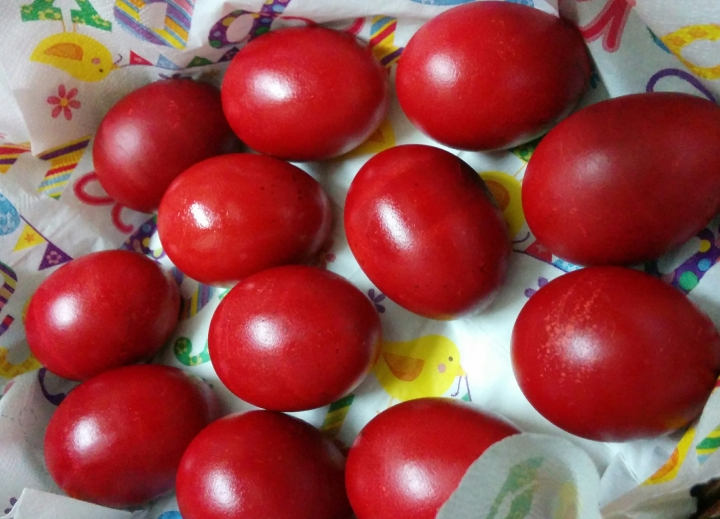 IMG_20160327_075641-red eggs 4