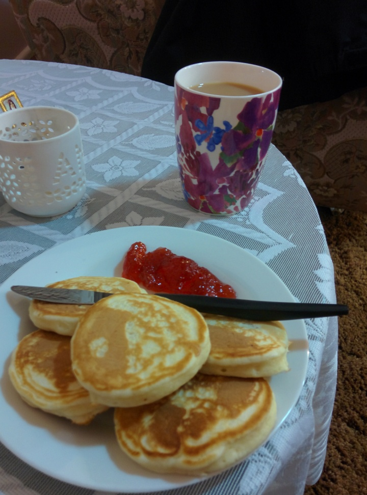 IMG_20160604_194135-Ann's pikelets 3