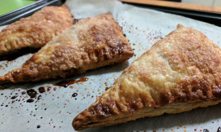 IMG_20170716_201609-Apple Turnovers4