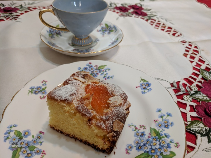 IMG_20180104_113225Apricot cake 5