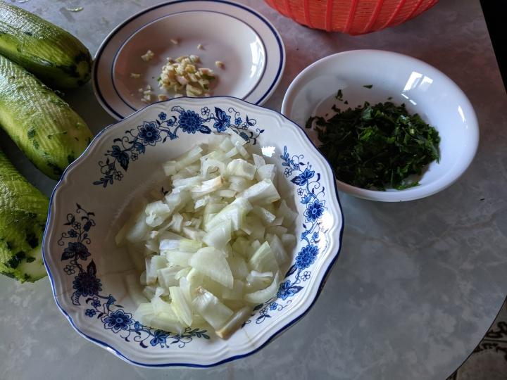 IMG_20190616_102334-zucchini mash ingredients2