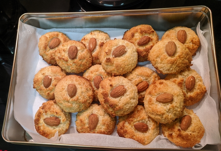 Almond a coconut biscuits5-2020-04-27