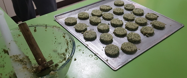 Falafel on the tray2-2020-04-09