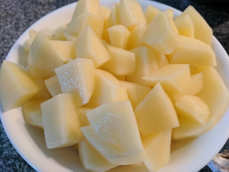 IMG_20170927_094717-Potatoes chopped